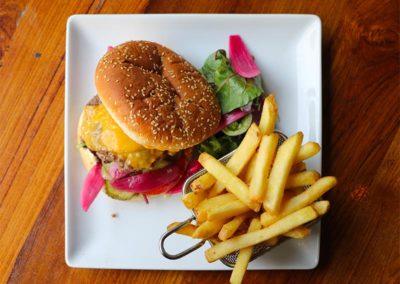 burger-bal-rock-paysage